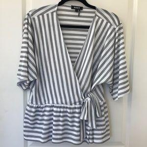 NWOT DKNY Striped V Neck Kimono Sleeve Blouse